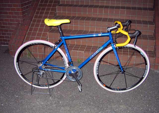 自転車の 自転車 フレーム カスタムペイント : 想定身長145cm前後の700Cロード ...